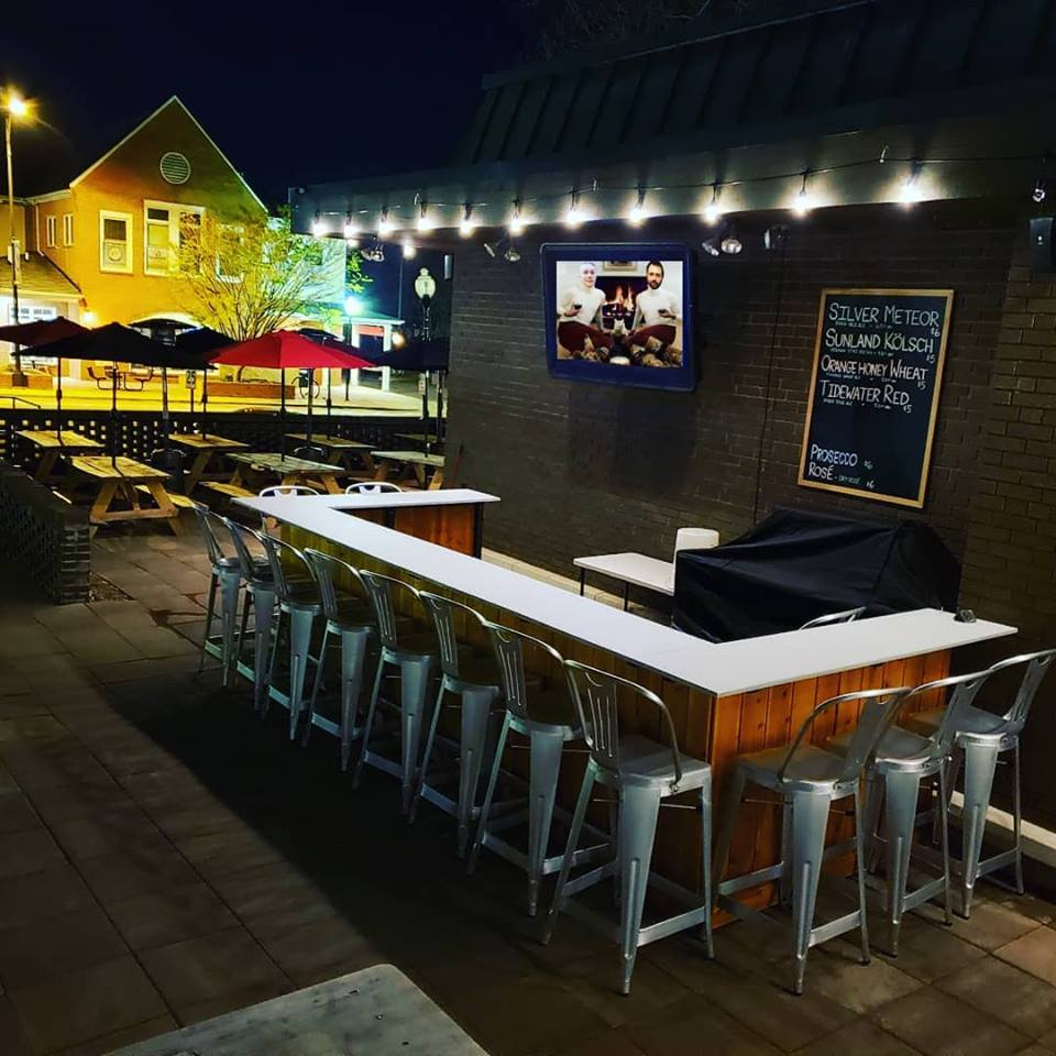 Seaboard: With ample outdoor space, you and your well-behaved pupper are always welcome on the massive patio at Seaboard. Ask for a refreshing bowl of water, and you and man's best friend can both enjoy a cold one. - (Image via Facebook)