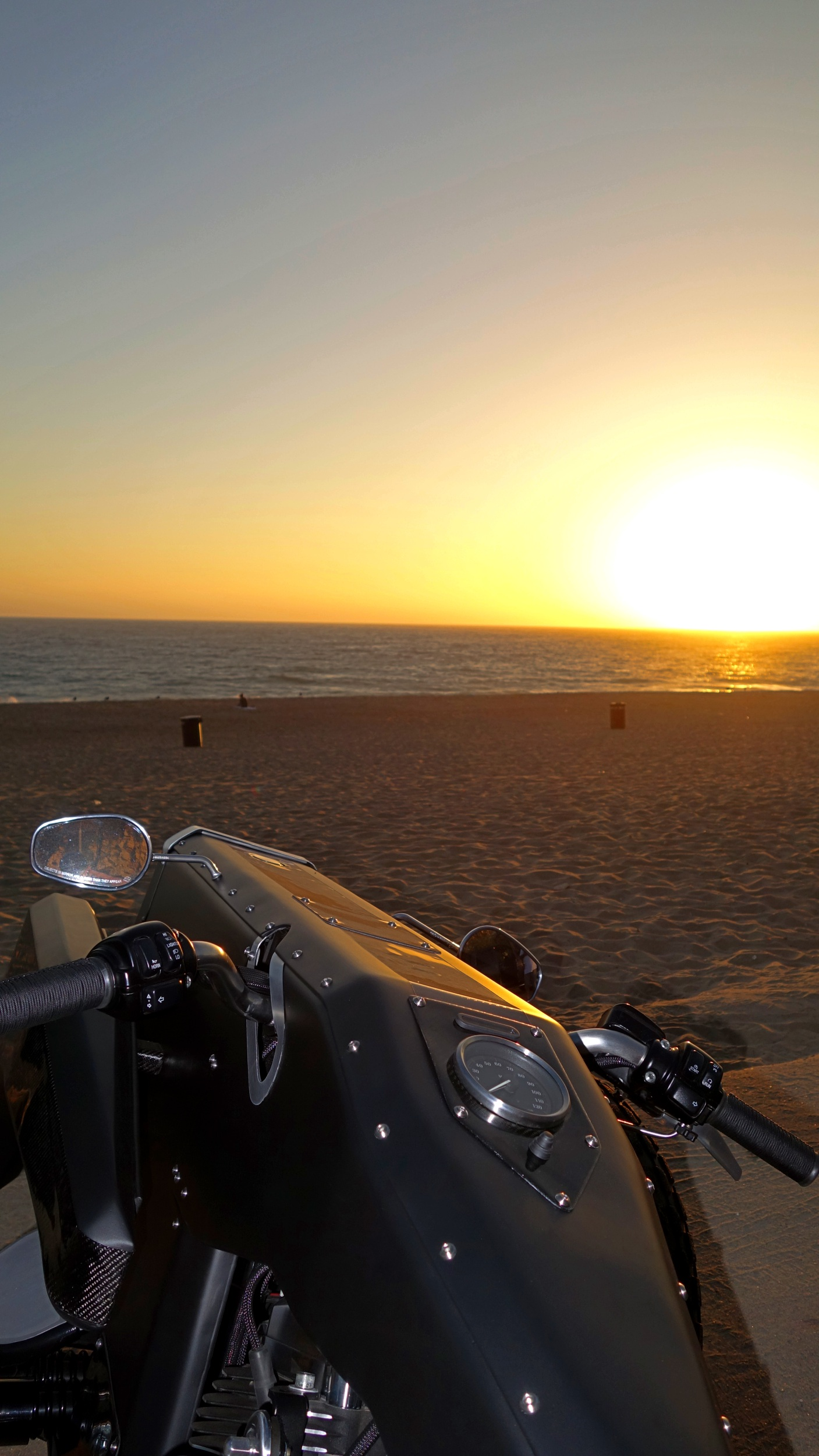 Garmr - Nose - Sunset - Sunset Beach - 2500px - V1 .jpg