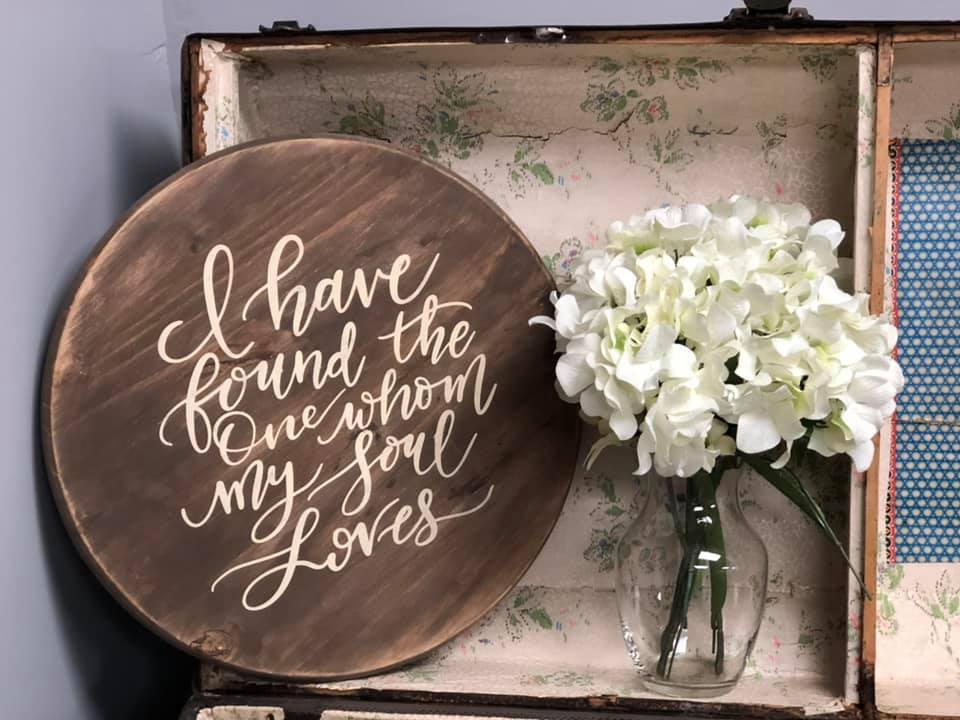 Round Sign for Wedding