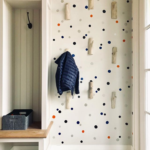 If there's a trick to getting little kiddos to put away their items, the key might just be along the lines of creating a whimsy mudroom! We loved collaborating with @robinliotta on this multi-colored, varying-size dot stencil. // Old Greenwich, CT • • • • #designdetails #interiordesign #designinspo #designcrush #interiors #interiorinspo #ctdesigner #nydesigner #ctliving #cthomes #housedwell #housebeautiful #finishes #howihaven #cmonhomes #stencil #polkadots #mudroom #dots #friday #fbf #tidyingup #tidy #oldgreenwich