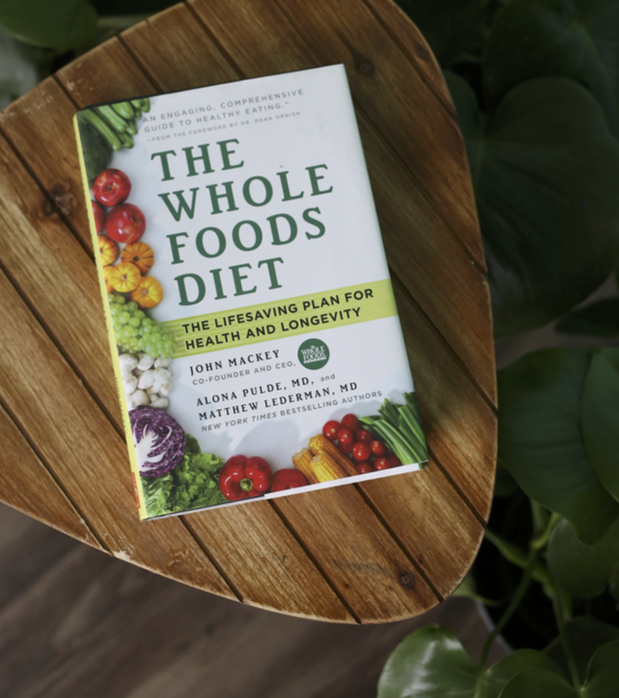 The Whole Foods Diet - John Mackey along with Dr. Alona Pulde, MD and Dr. Matthew Lederman, MDStraightforward, comprehensive and science-back look at whole food plant based eating
