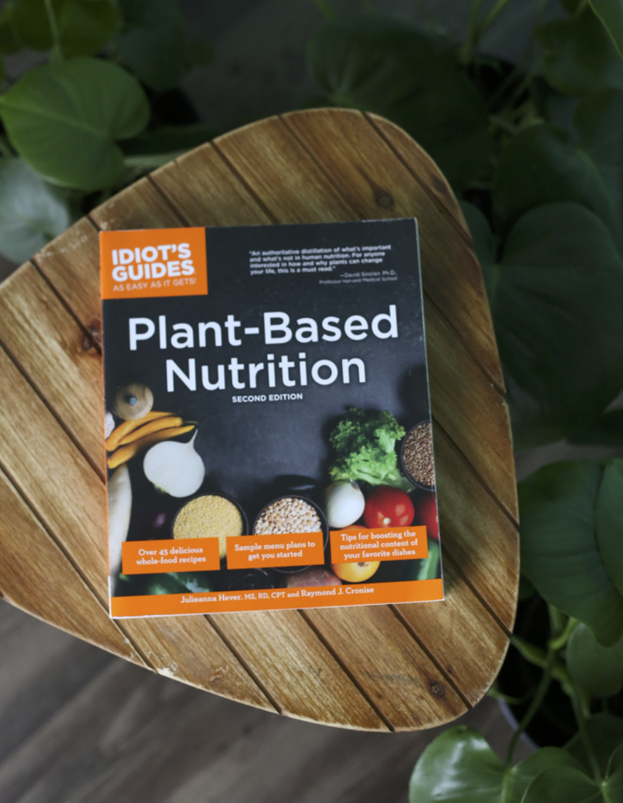 Plant-Based Nutrition 2nd Edition - Julieanna Heverm MS, RD, CPT and Ray CronisePacked with 45 plant based recipes and a wealth of information on the most nutrient-dense foods, genuine supplement needs, and more, this helpful guide gives you everything you need to know about the advantages of a plant-based diet.