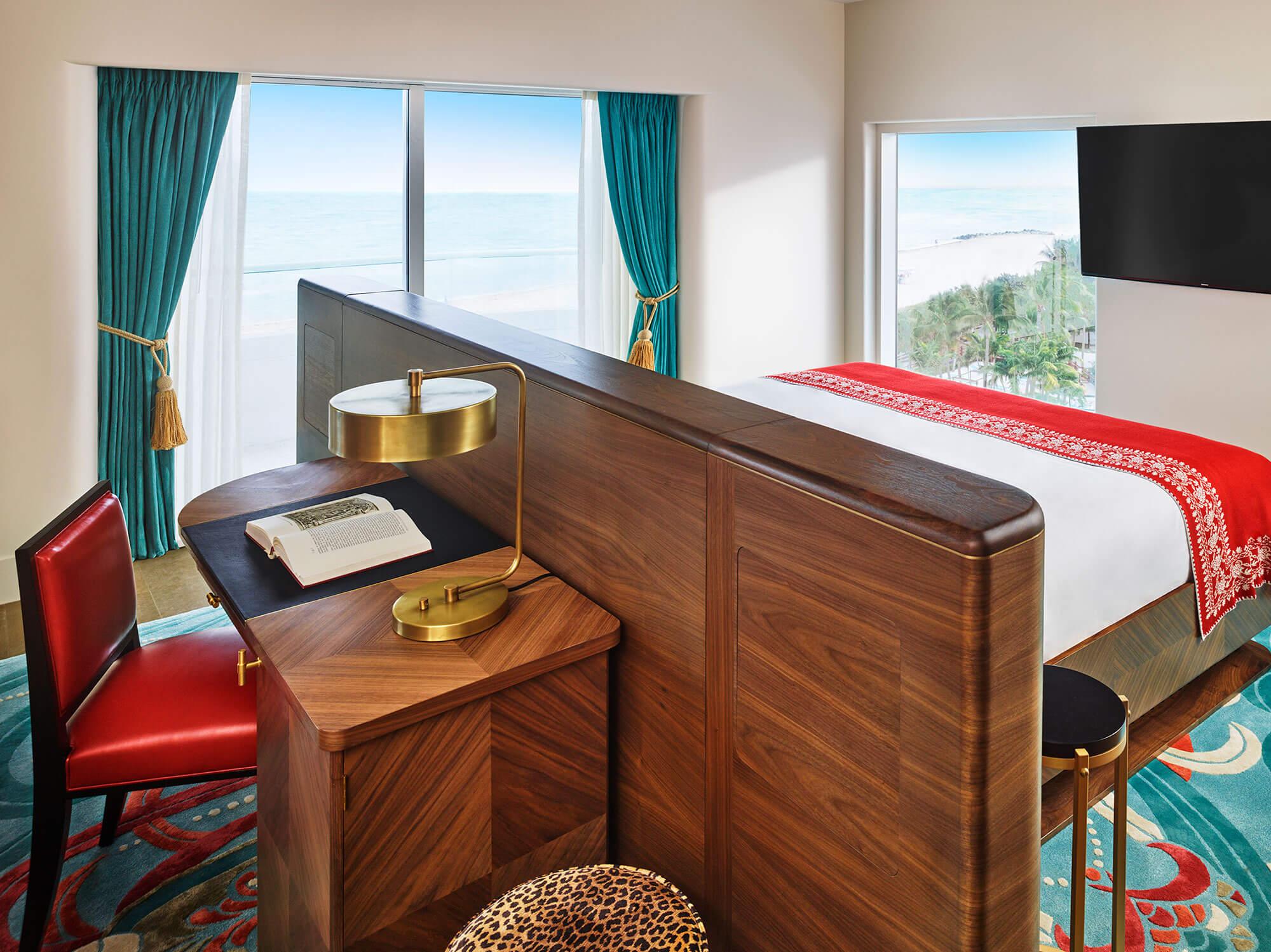 11_Rooms_Faena_hotel_809_RGB_Oceanfront_Corner_Suite-00.jpg