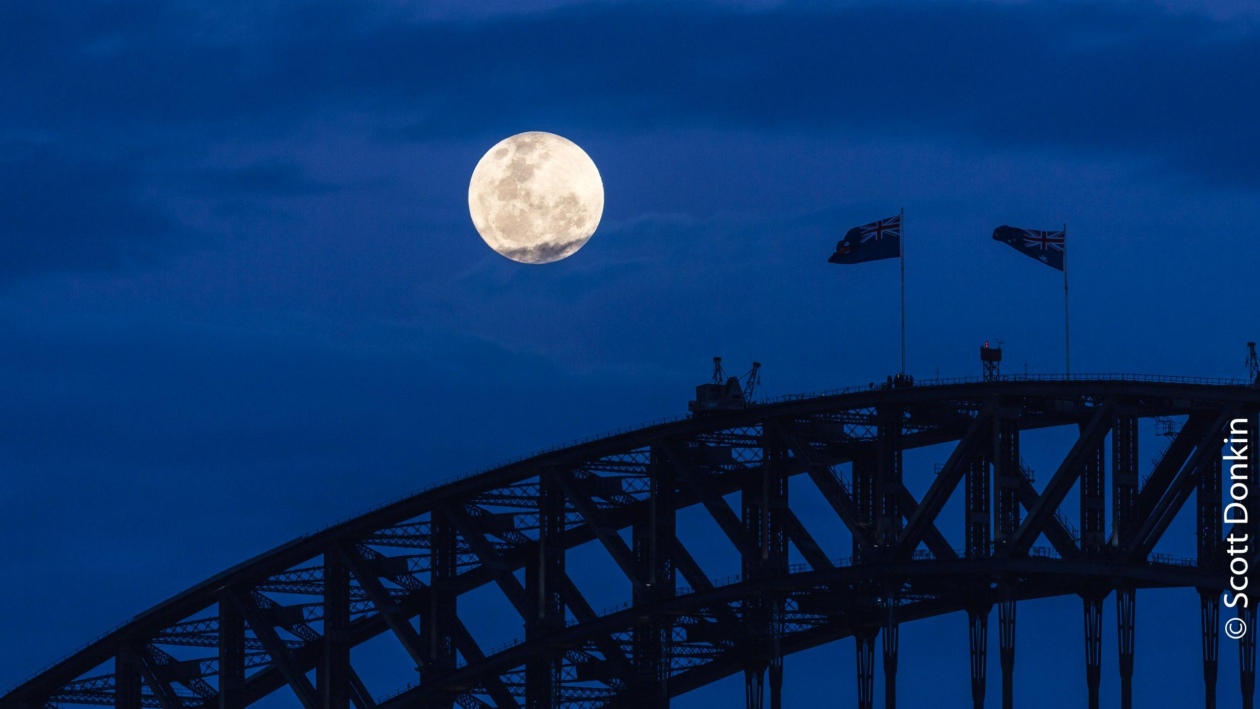"Perigee (""Super"") moonrise over Sydney Harbour Bridge. 14 November 2016 at 7:41pm. Waxing gibbous, 99.9% disc illumination."