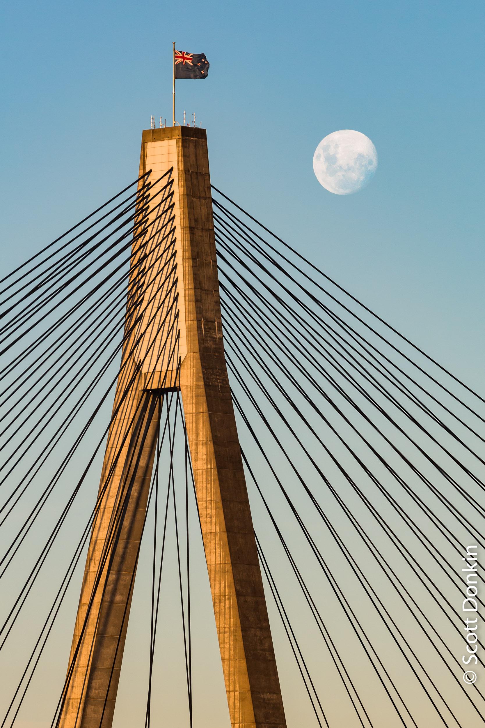 Moonrise over ANZAC Bridge, Sydney. 7:06pm 28 February 2018. Waxing gibbous moon, 96% disc illumination.