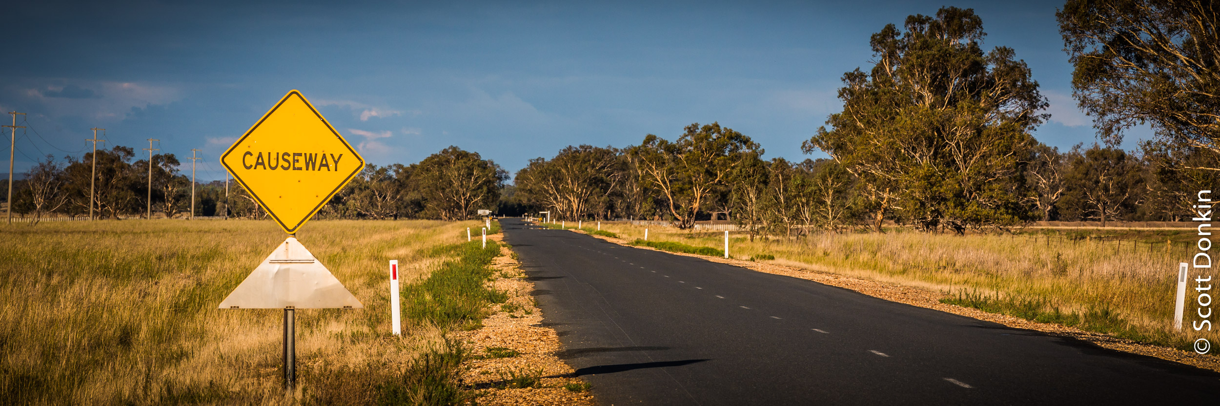 Road from Tocumwal to Wagga Wagga, New South Wales.
