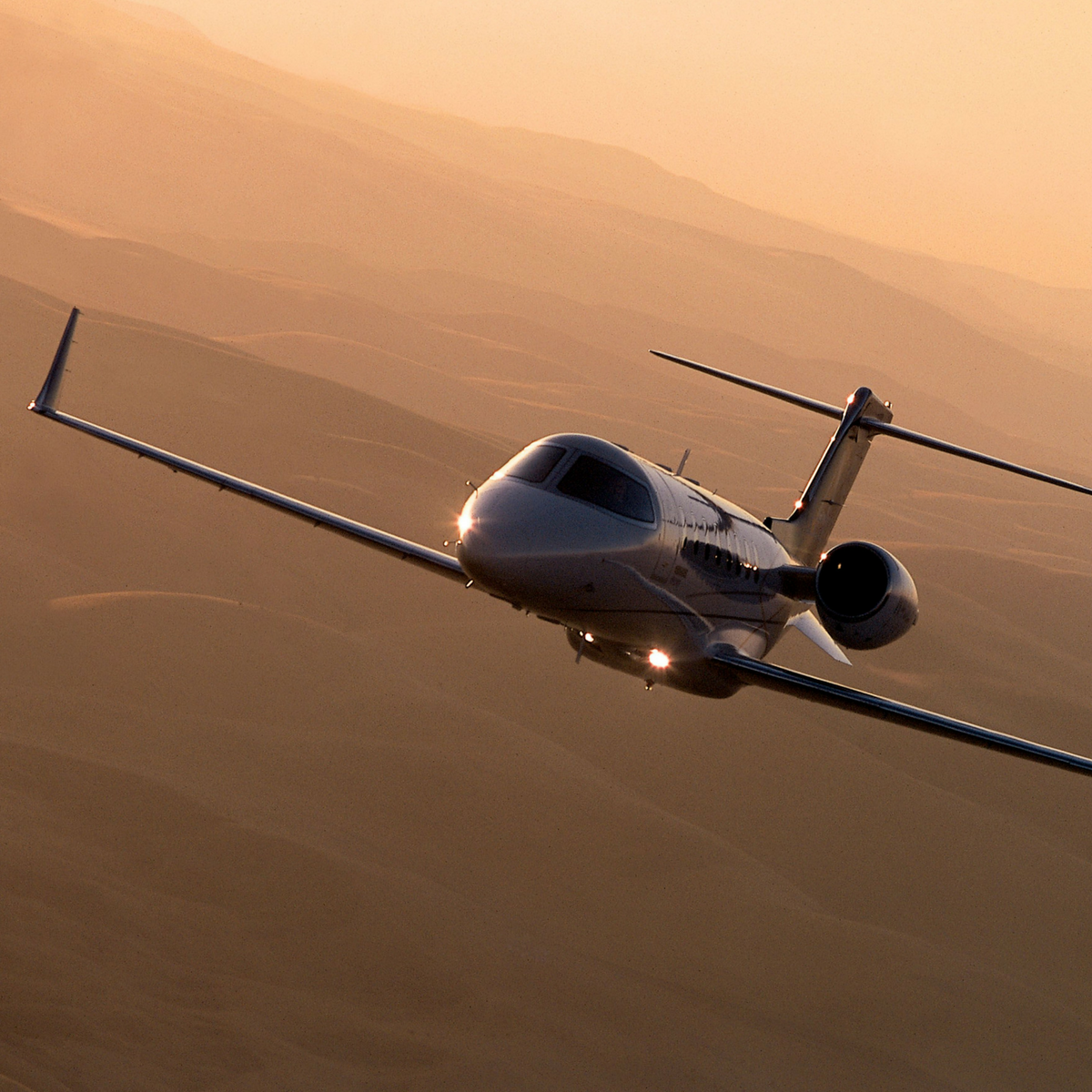 - The ideal jet for longer trips in high elevations. These aircraft are designed to provide superior overall performance while surrounding its passengers in exceptional comfort. It has excellent short-field performance and nearly coast-to-coast range, making it a go-to for all types of travel.