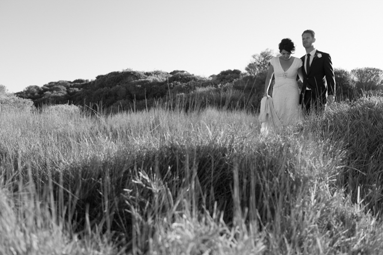 SOPHIE B PHOTOGRAPHY - Sophie B Photography is celebrating 10 years in 2019! I love meeting couples that are planning for their wedding day. Whether you are planning a large city wedding or a low-key celebration outside of Sydney I'm available to chat.