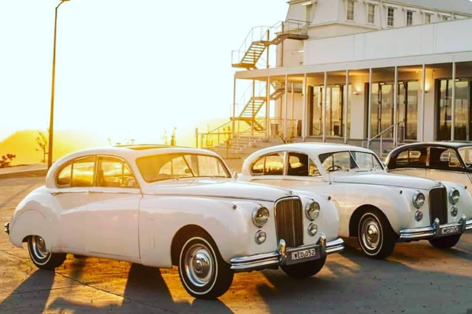 ROYAL WEDDING CARS - Royal Wedding Cars was established 30 years ago and it is a family operated business. We carry largest fleet of luxury 50's Jaguar MK7 Mary and Elizabeth…