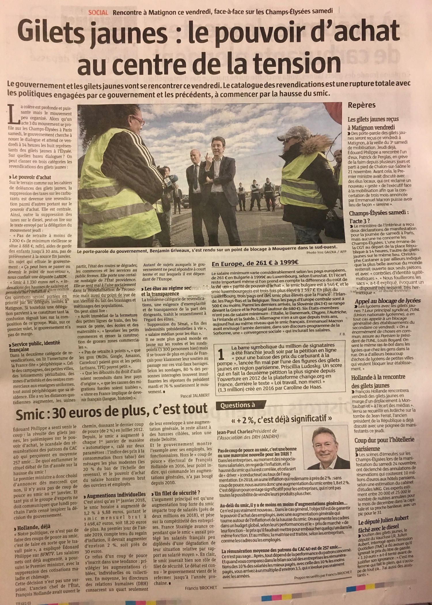 """Les Gilets jaunes: purchasing power at the centre of the tensions"""
