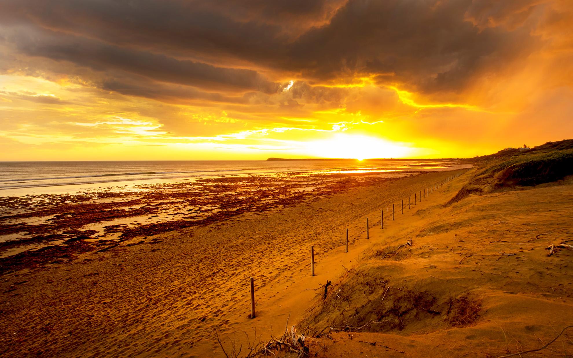 10W Sunset