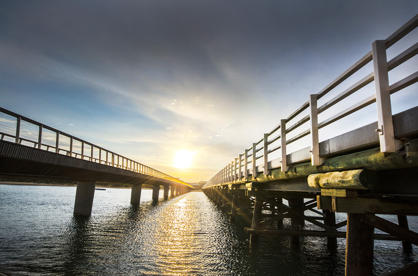 BH Sunset between Bridges