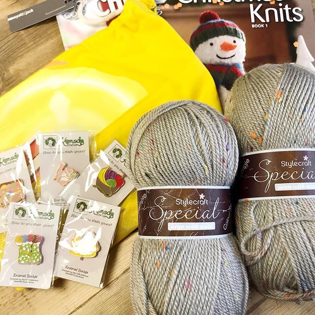 Congratulations @mycrochetplace you are our second winner and you have bagged yourself 200g of Stylecraft Special Aran in the Grey Jazz Nep colour, a project bag, a set of pin badges and King Coles Christmas Knits volumes 1 & 2!! Please dm me with your address so I can get it all shipped off to you :-) there are still plenty of prizes to be one, head to the origional post to join in! . . . #keepyarnonourstreets