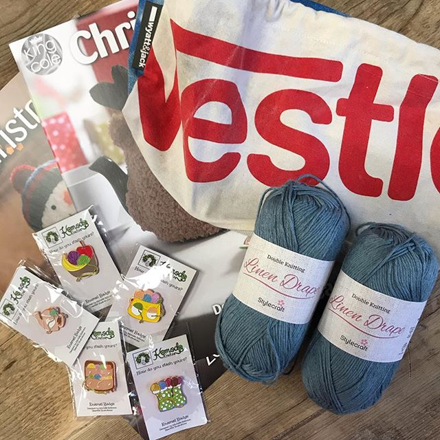 Congratulations @shazbrecknell you are our seventh winner and you have bagged yourself 200g of Stylecraft Linen Drape, a project bag, a set of pin badges and King Coles Christmas Knits volumes 1 & 2!! Please dm me with your address so I can get it all shipped off to you :-) there are still plenty of prizes to be one, head to the origional post to join in! . . . #keepyarnonourstreets
