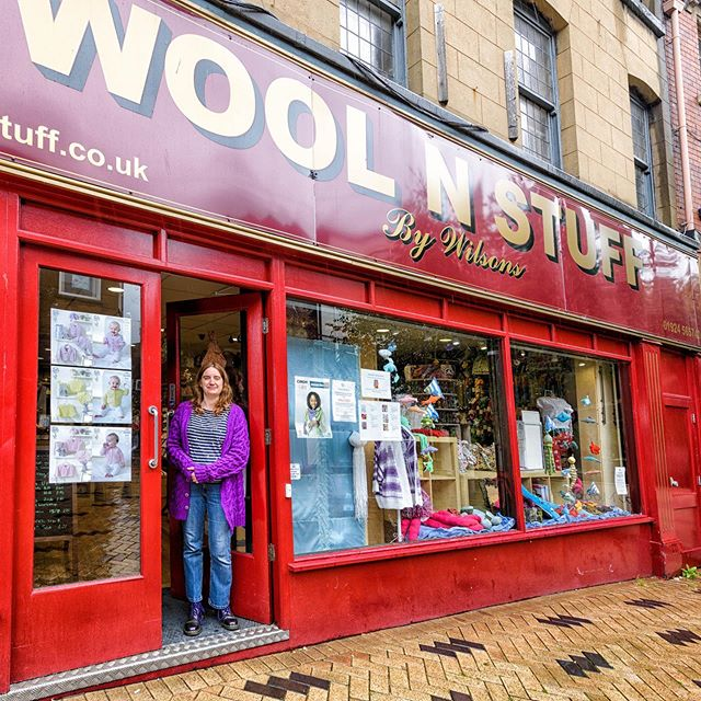 Did you guess?? Woolma took herself off for a mooch @woolnstuff this week! Located in Wakefield, West Yorkshire  stocking lots of lovelies including King Cole, Rico, West Yorkshire Spinners and Stylecraft. Woolma has a lovely time and is now off onto her next destination...I wonder how much space she'll have left in her suitcase by the time she gets back! . . . #keepyarnonourstreets #yarnshop #supportsmallbusiness