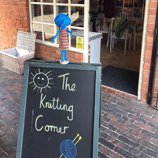 This week Woolma was @theknittingcornerltd in Sutton Coldfield and later on today she'll share some videos on our story from her time there. . . . A massive HAPPY YARN SHOP DAY to you all - many of our yarn shops have some fabulous events on today, head over to our map to see which shops are near you - link in bio. You might find a new class you'd like to attend, a social evening that calls your name or just a new group of crafty friends. . . . If you're a yarn shop and you're not on our map yet, get in touch! . . . #keepyarnonourstreets
