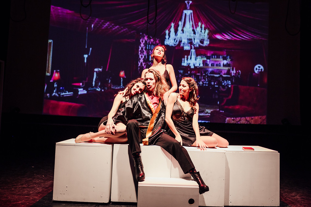 Iab- witches of eastwick- edit- 17 (329 of 398)-XL.jpg