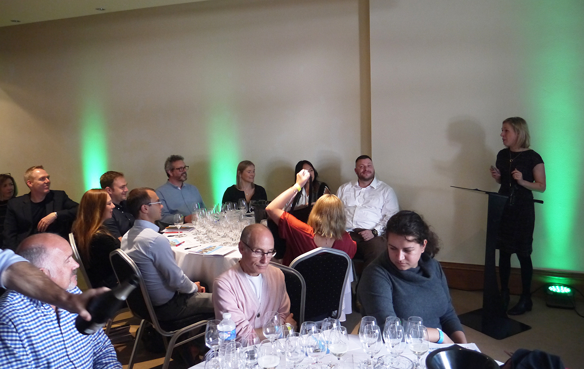 Rebecca Gibb MW leading masterclass attendees on a 'Cruise along the Loire'