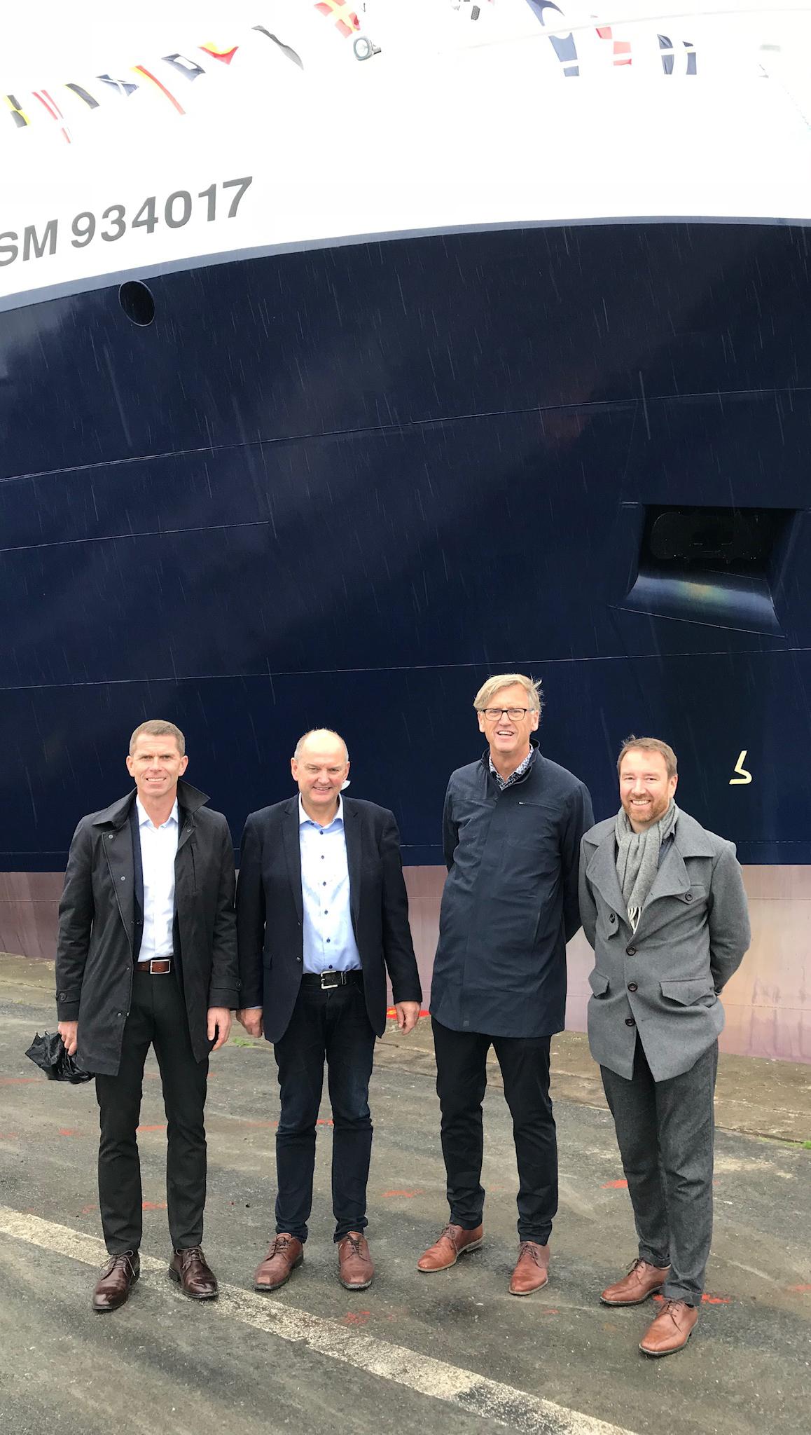Lokale representantar: Frå venstre Inge-Jonny Hide (Myklebust Verft), Terje Hareide (Optimar), Monrad Hide og Robert Vorren (begge Rolls-Royce).
