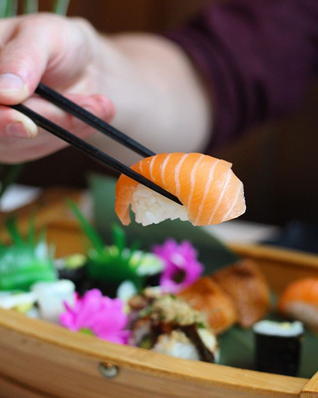 Bottomless Nigiri?🍣Yes please😍  For availability this Lunchtime see: https://www.simpleerb.com/10214/blue-sakura/