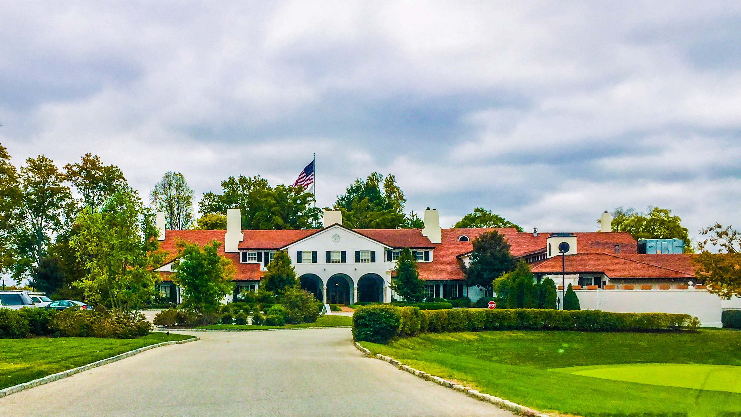 ST. LOUIS COUNTRY CLUB - ST. LOUIS, MO - DIRECTOR OF RACQUETS   A storied club with a fine history of high athletic performance,  St Louis Country Club  has a great tradition in tennis and golf with Dwight Davis (founder of the Davis Cup) being a founding member of the club, and the club having been host to one US Open and two US Amateur Golf tournaments.  After the very successful 32-year tenure of the club's previous professional, the General Manager engaged McMahon to support the Search Committee through their selection process. The engagement included consultation by McMahon with a broad cross-section of club stakeholders, which surfaced a variety of viewpoints, priorities and expectations before the Position Profile was finalized. The club considered the merits of hiring a Tennis Director or Director of Racquets and McMahon provided counsel on specific responsibilities and a competitive compensation package for the new professional.