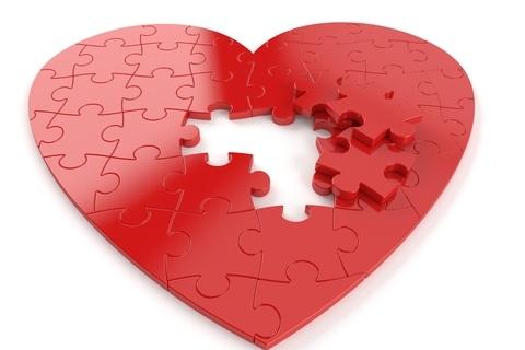dreamstime_xs_104857457+%C2%A9+Pawel+Talajkowski+heart+jigsaw+red.jpg