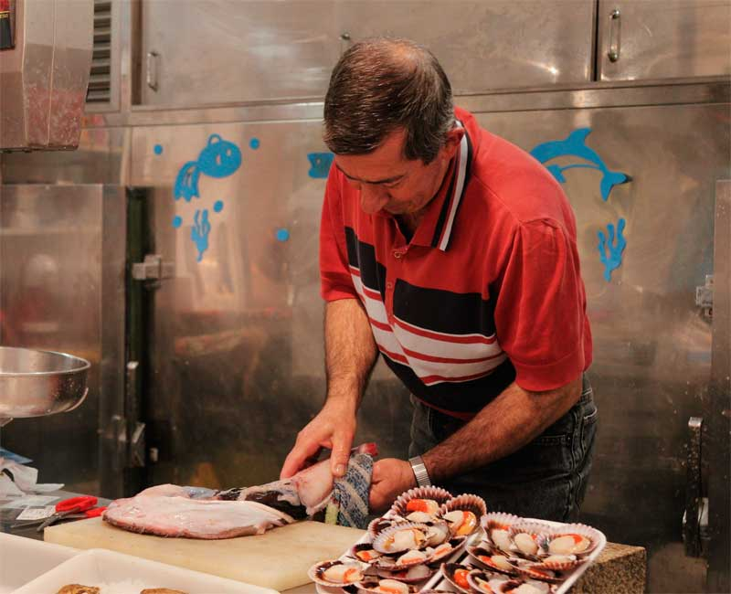 Santiago-de-Compostela.food-market-web-ready.jpg