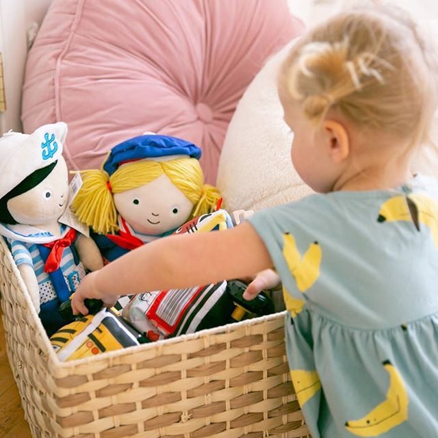 So many great toys in our @manhattantoy lounge including these adorable dress up friends that are the perfect toy to teach toddlers how to dress themselves.  #minneapolismoms #mplsmom #mplsmoments #mombloggers #momslivinghappy #momsquad #wayzata #minnetonka #minneapolis #toddlermom #mnbloggers #bloggerevent #momevent #mplsmn