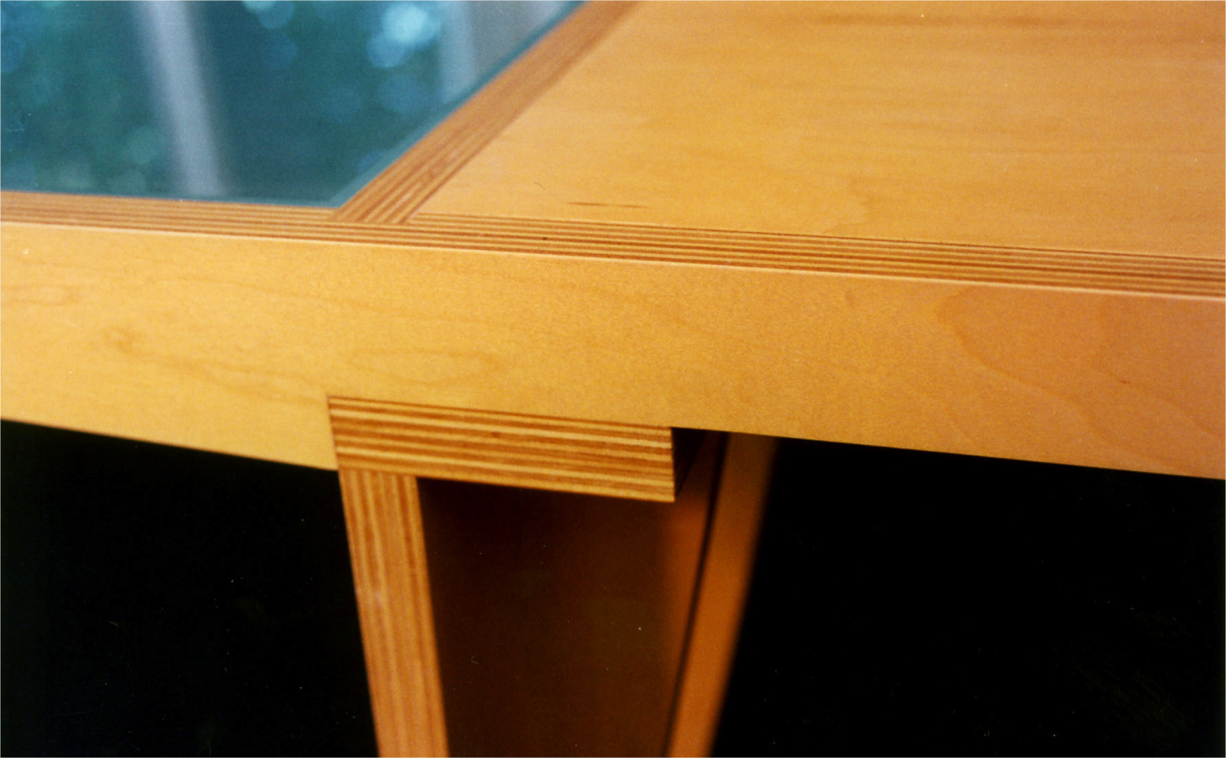Furniture Glyph Wing Table 4.jpg