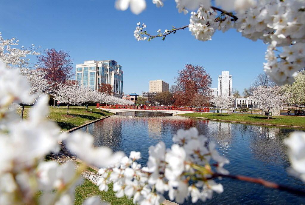 downtown-huntsville-6783694201f9d8ce.jpg
