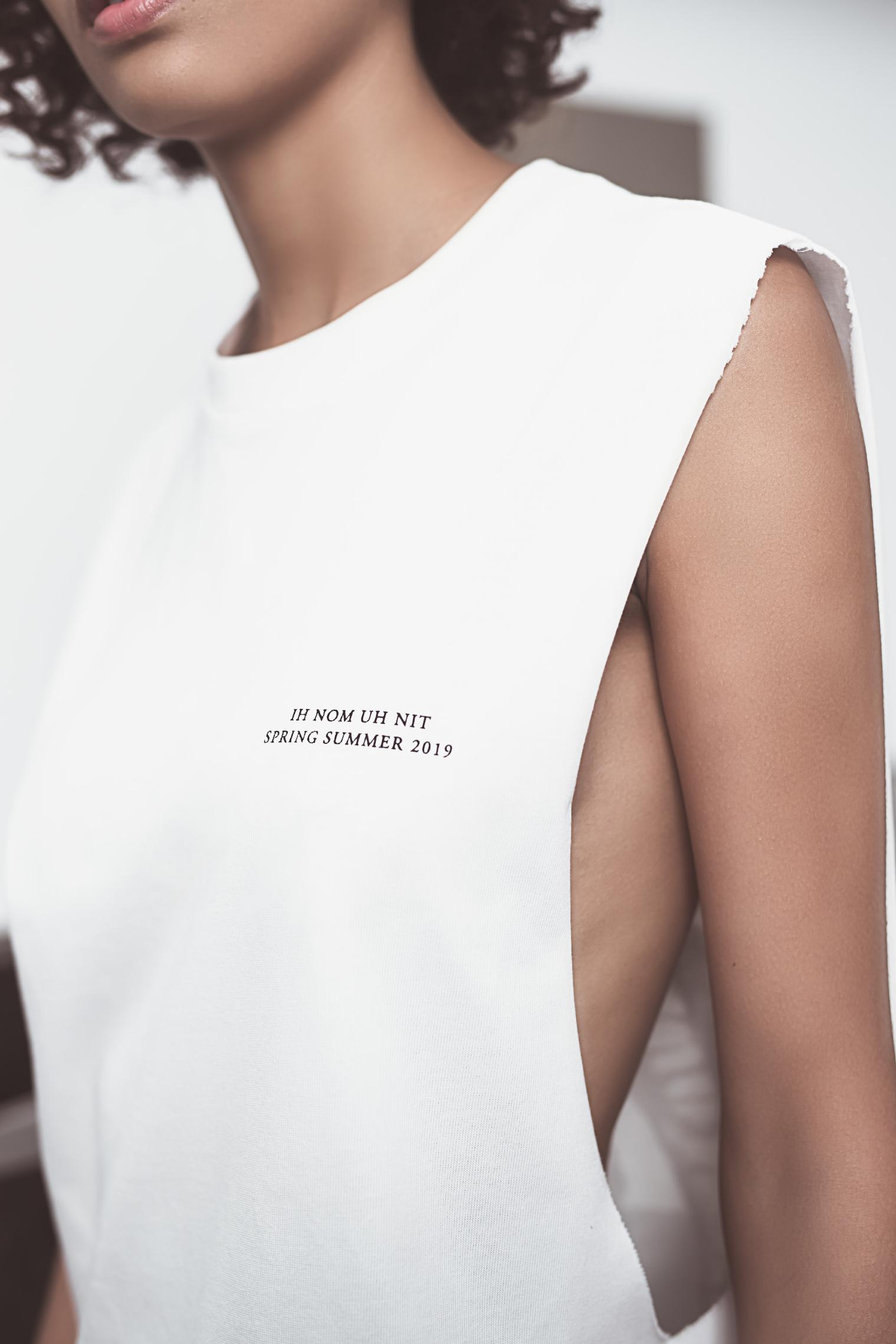SS19 WOMAN LOOK BOOK-2_Page_06_Image_0001.jpg