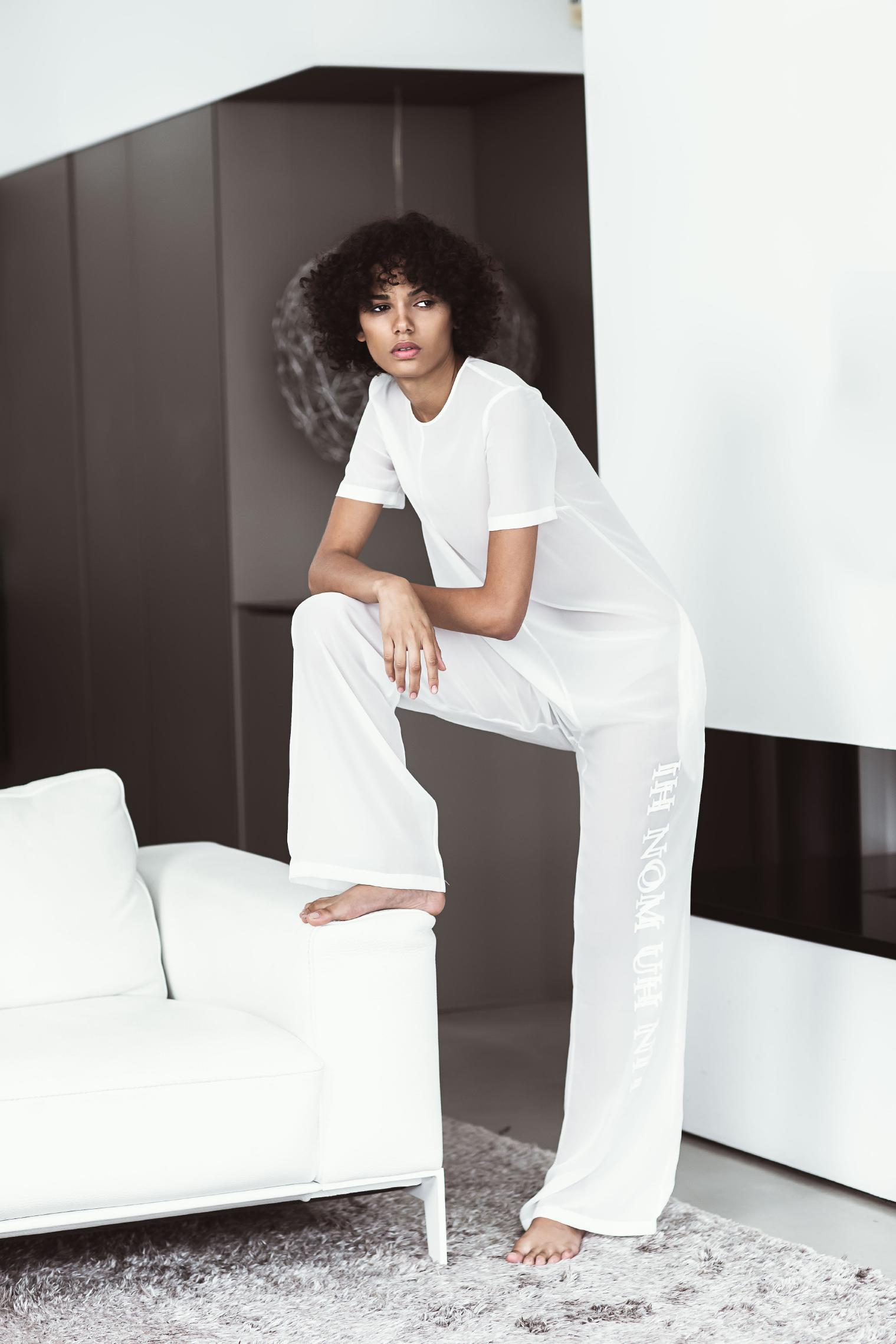 SS19 WOMAN LOOK BOOK-2_Page_18_Image_0001.jpg