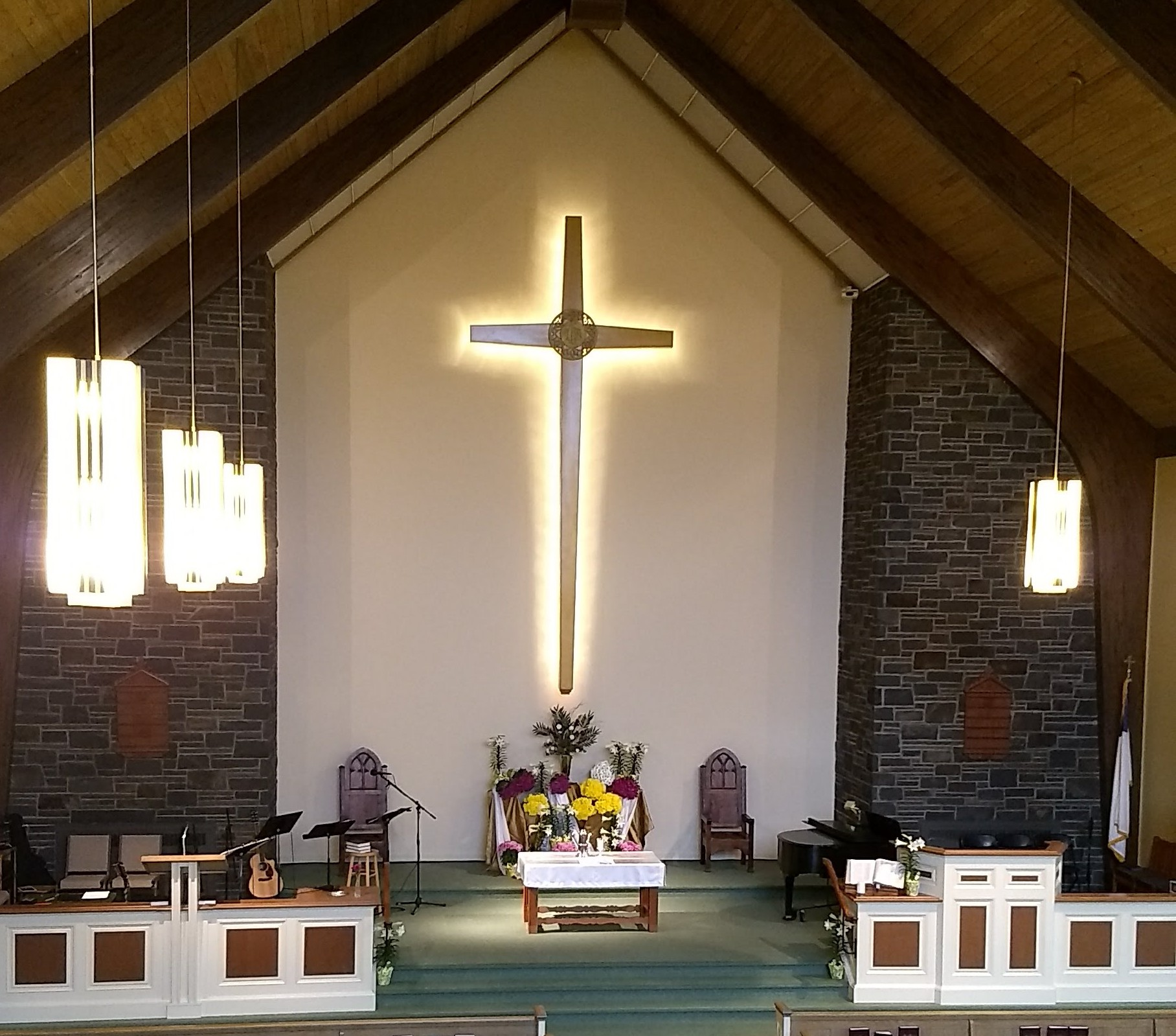 PIANO, GUITAR AND ORGAN ARE ALL USED IN WORSHIP