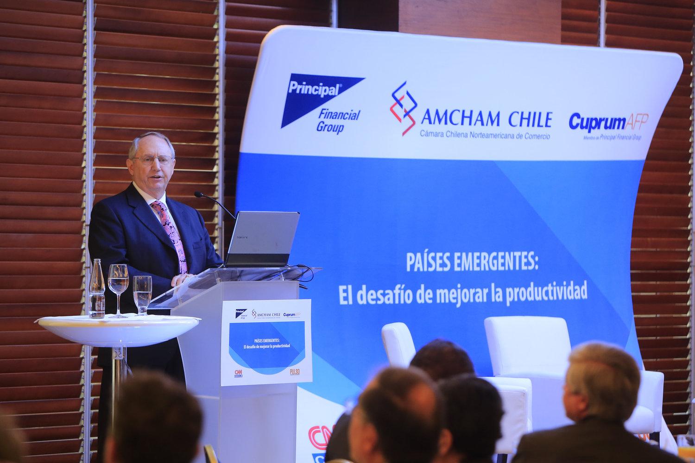 produccion-evento-conceferncia-paises-emergentes-amcham-chile-cproducciones-7