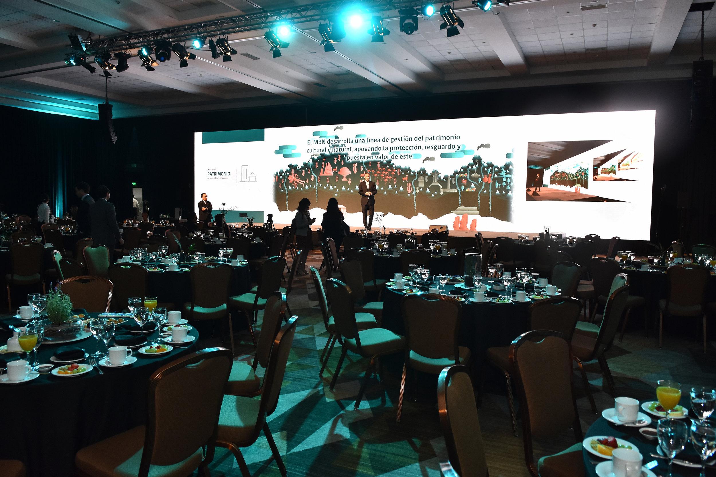 produccion-evento-desayuno-invierte-en-chile-ministerio-bienes-nacionales-cproducciones-2