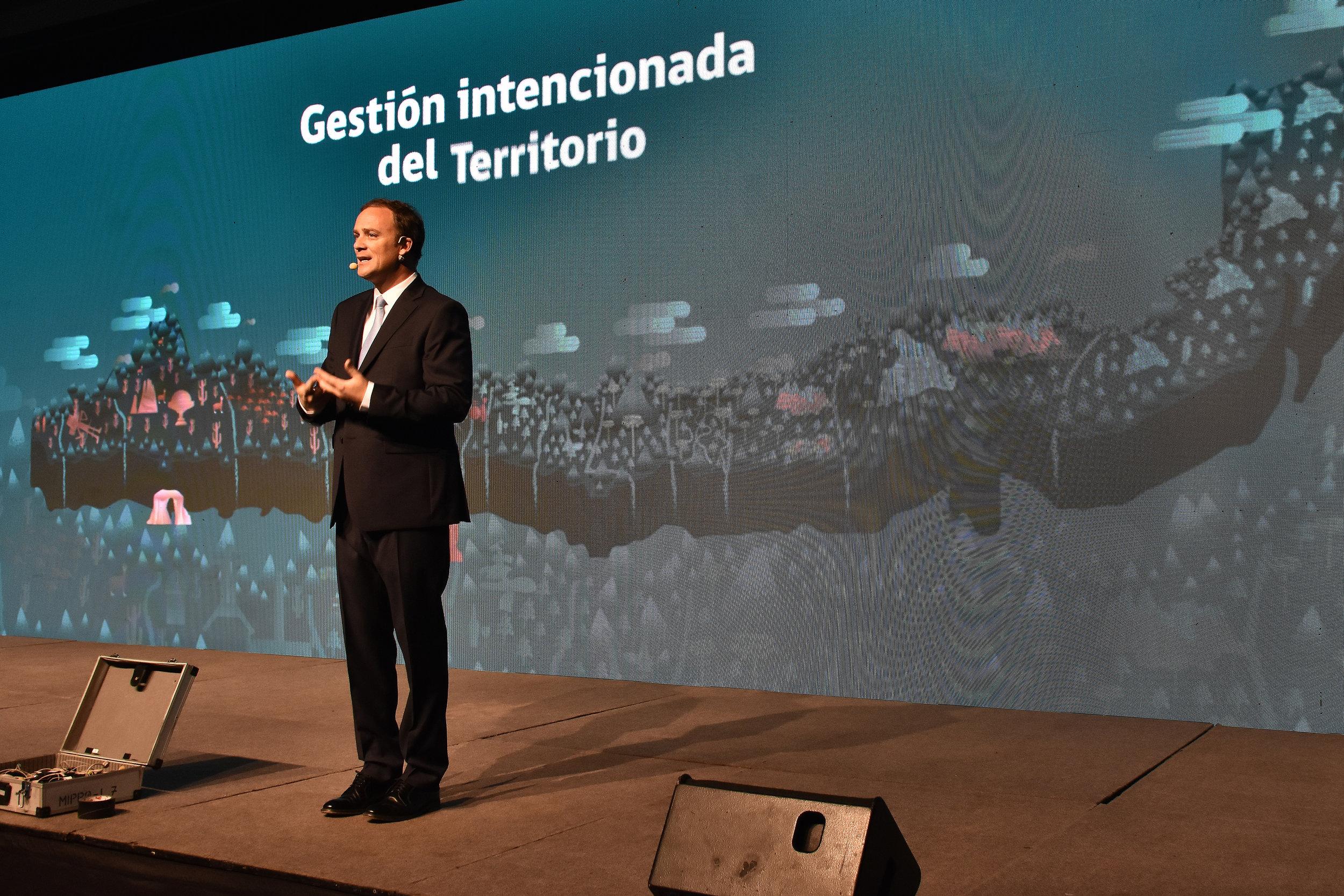 produccion-evento-desayuno-invierte-en-chile-ministerio-bienes-nacionales-cproducciones-1