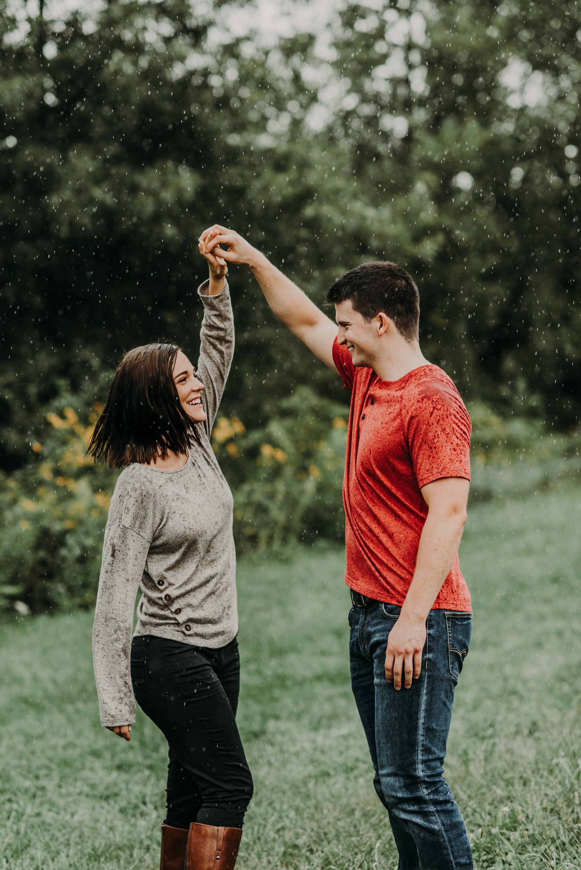 Abby + Ryan   Iowa City Engagement Photos