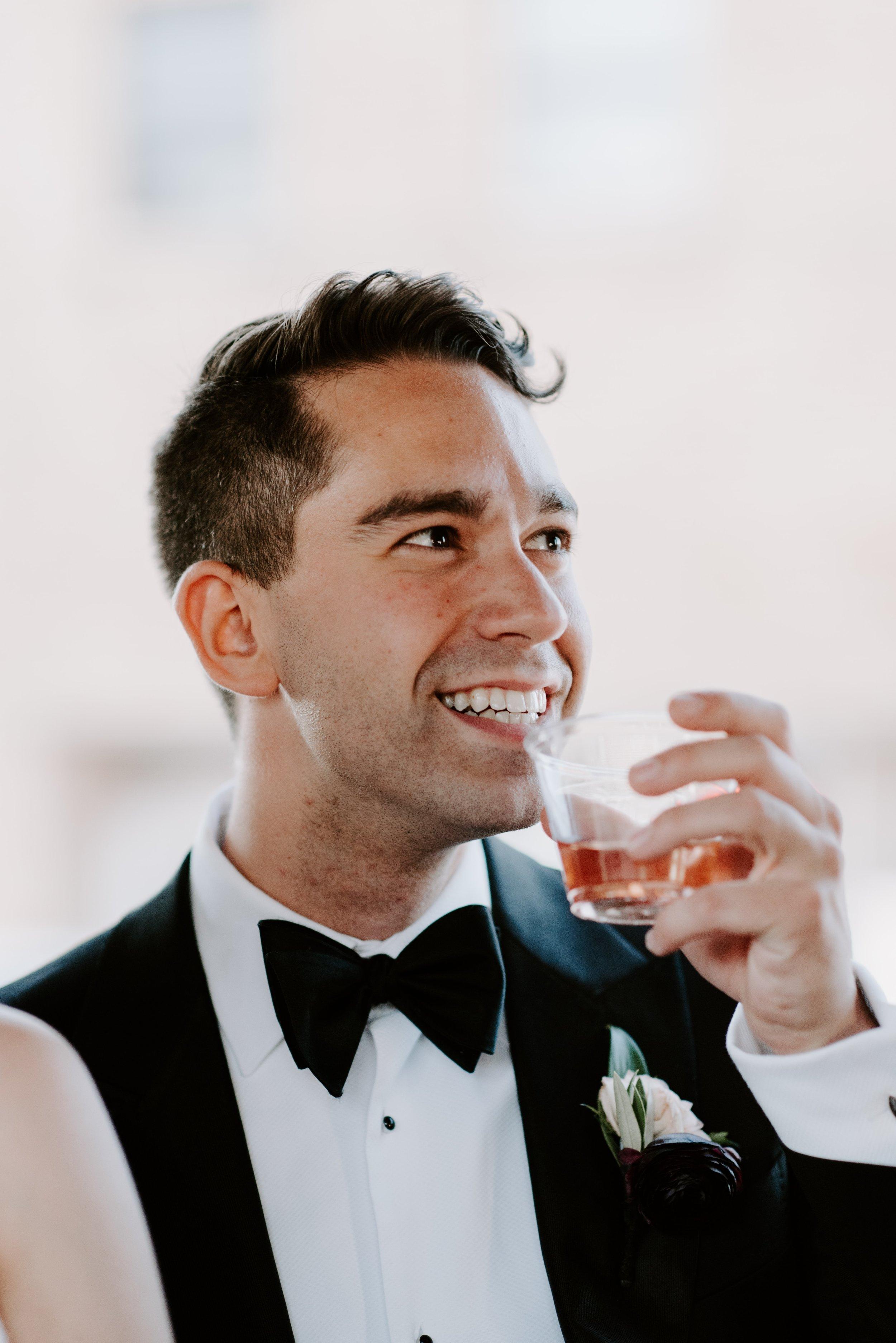 Quad Cities Wedding Photographer6.jpg