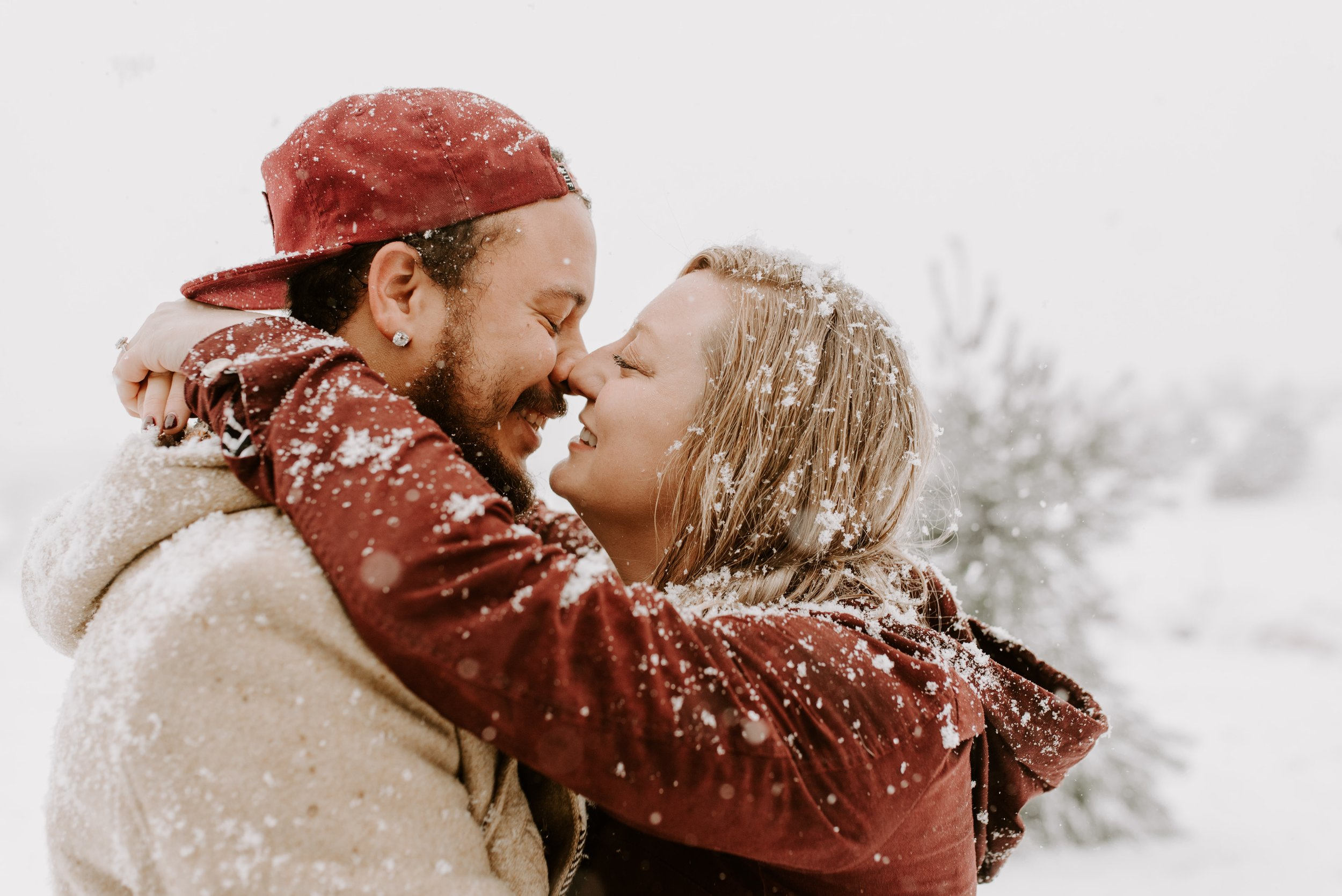 Iowa City Winter Engagement Photos 8.jpg
