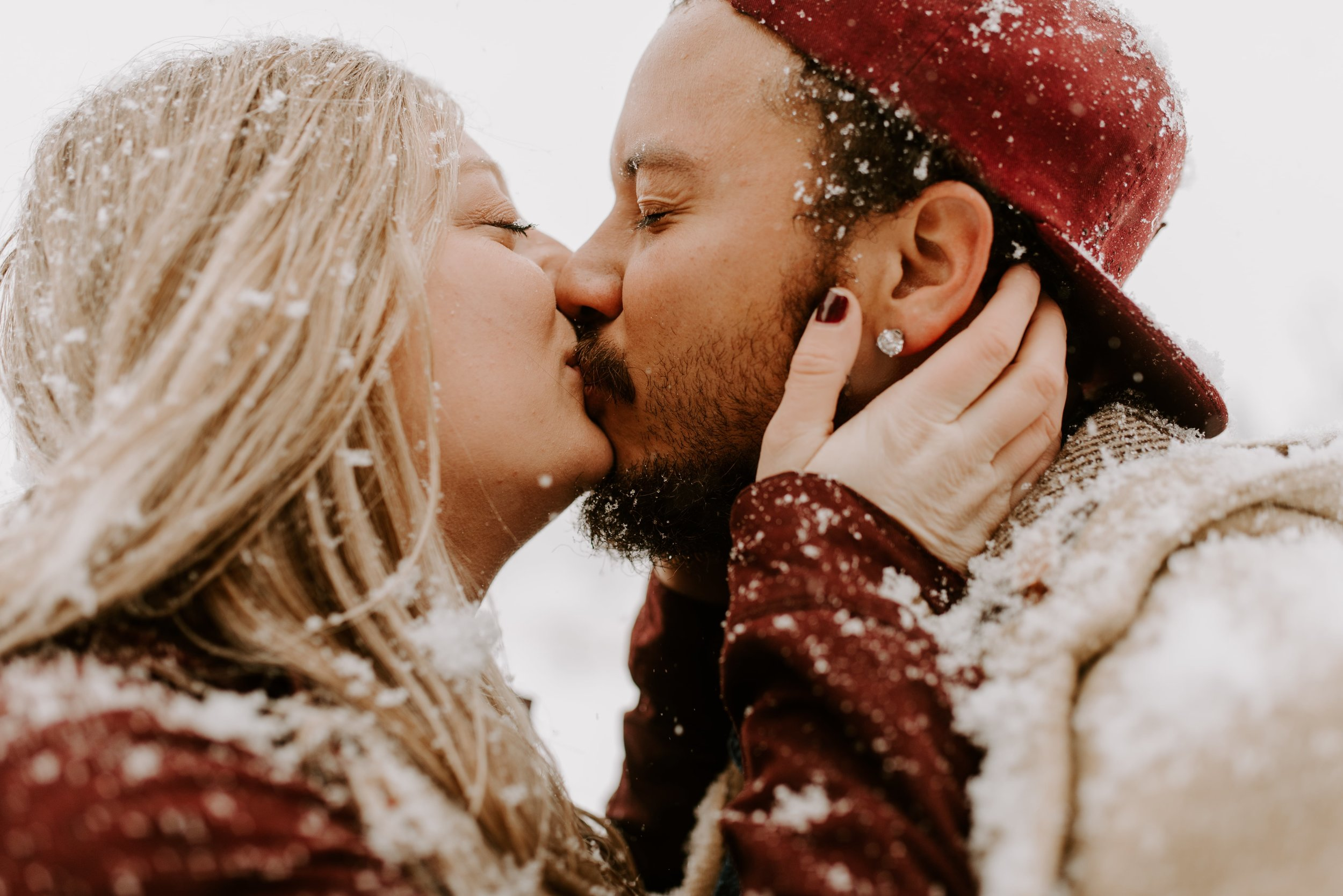 Iowa City Winter Engagement Photos 15.jpg