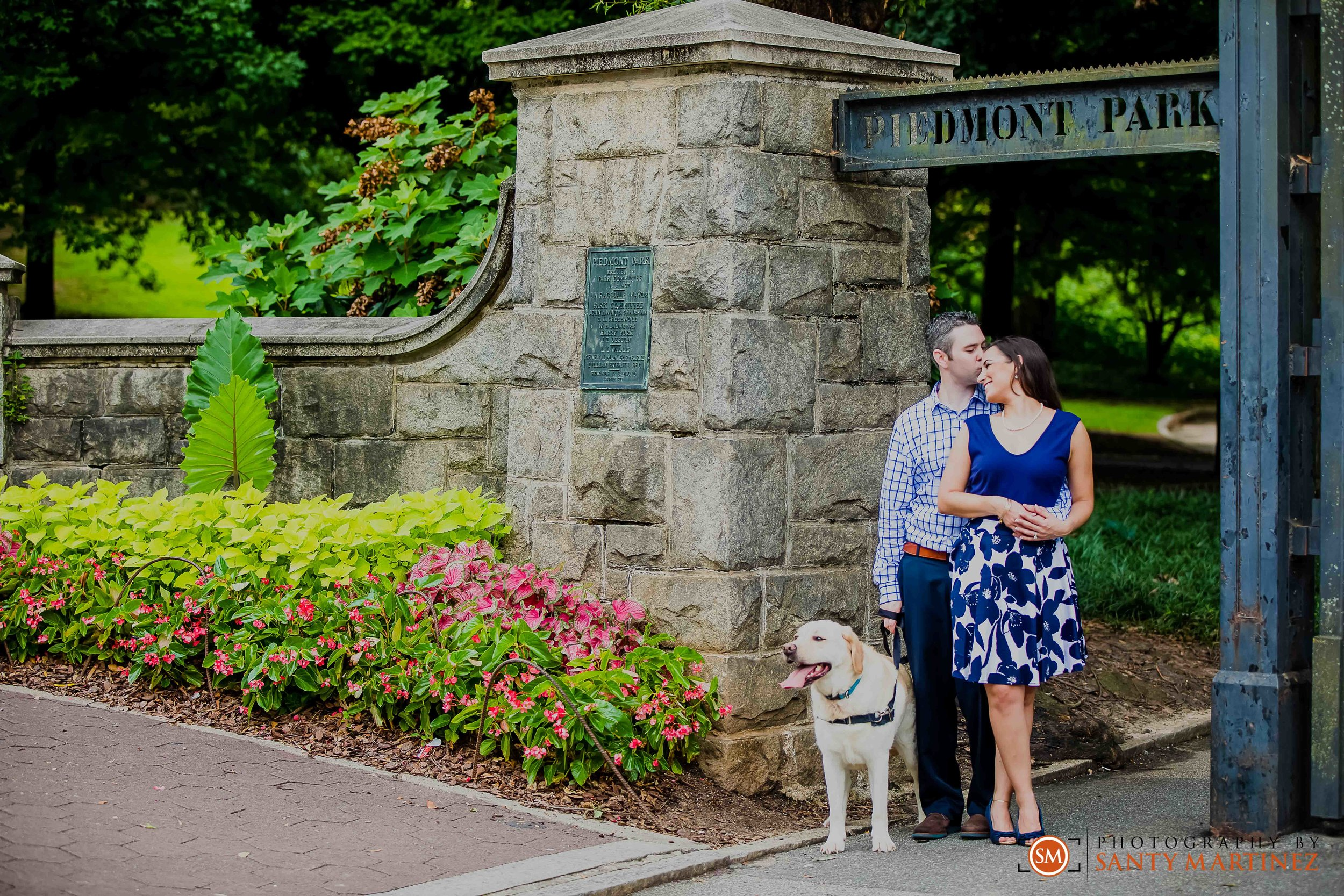 Engagement Session Piedmont Park - Santy Martinez Photography-20.jpg