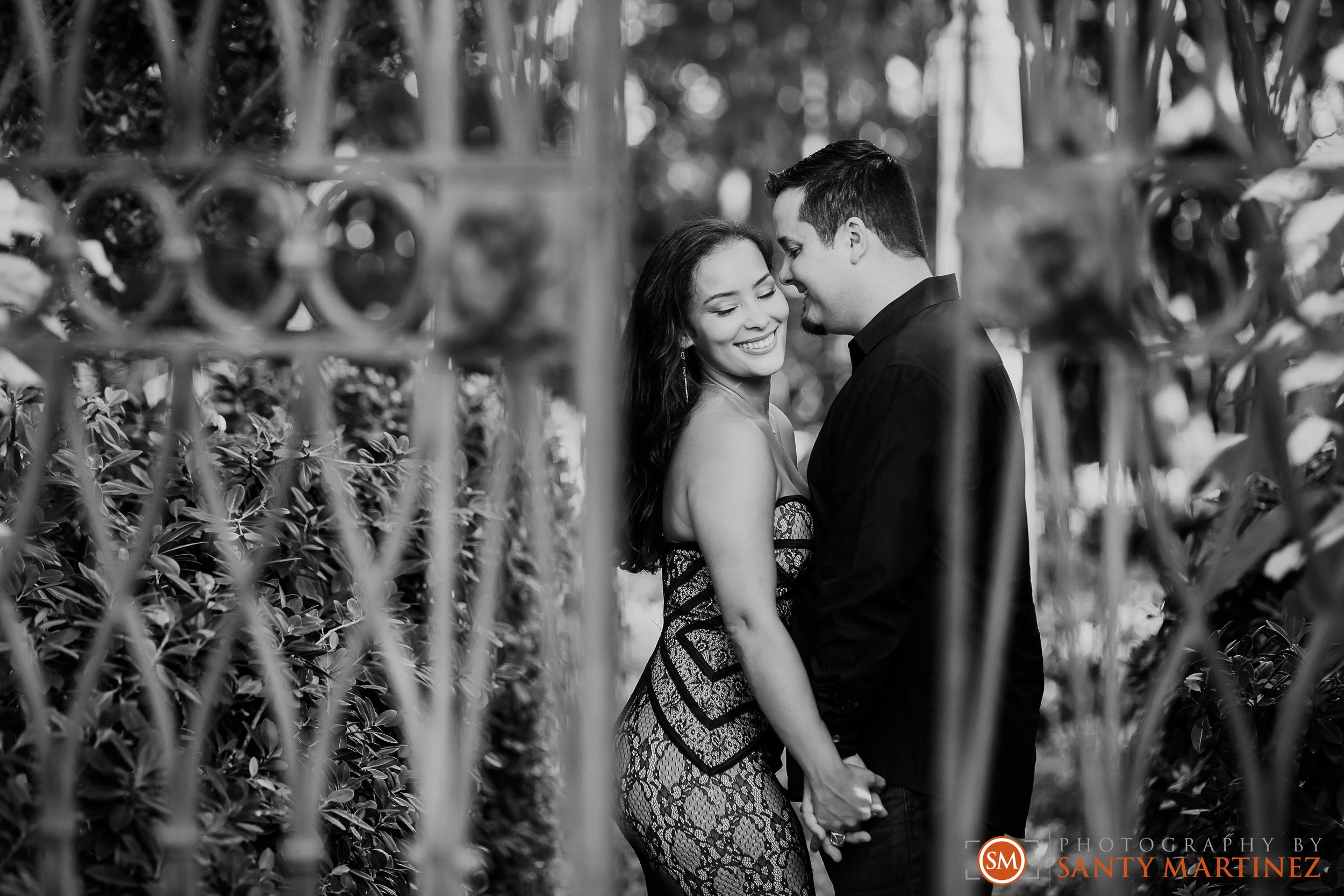 Vizcaya Engagement Session - Photography by Santy Martinez-13.jpg