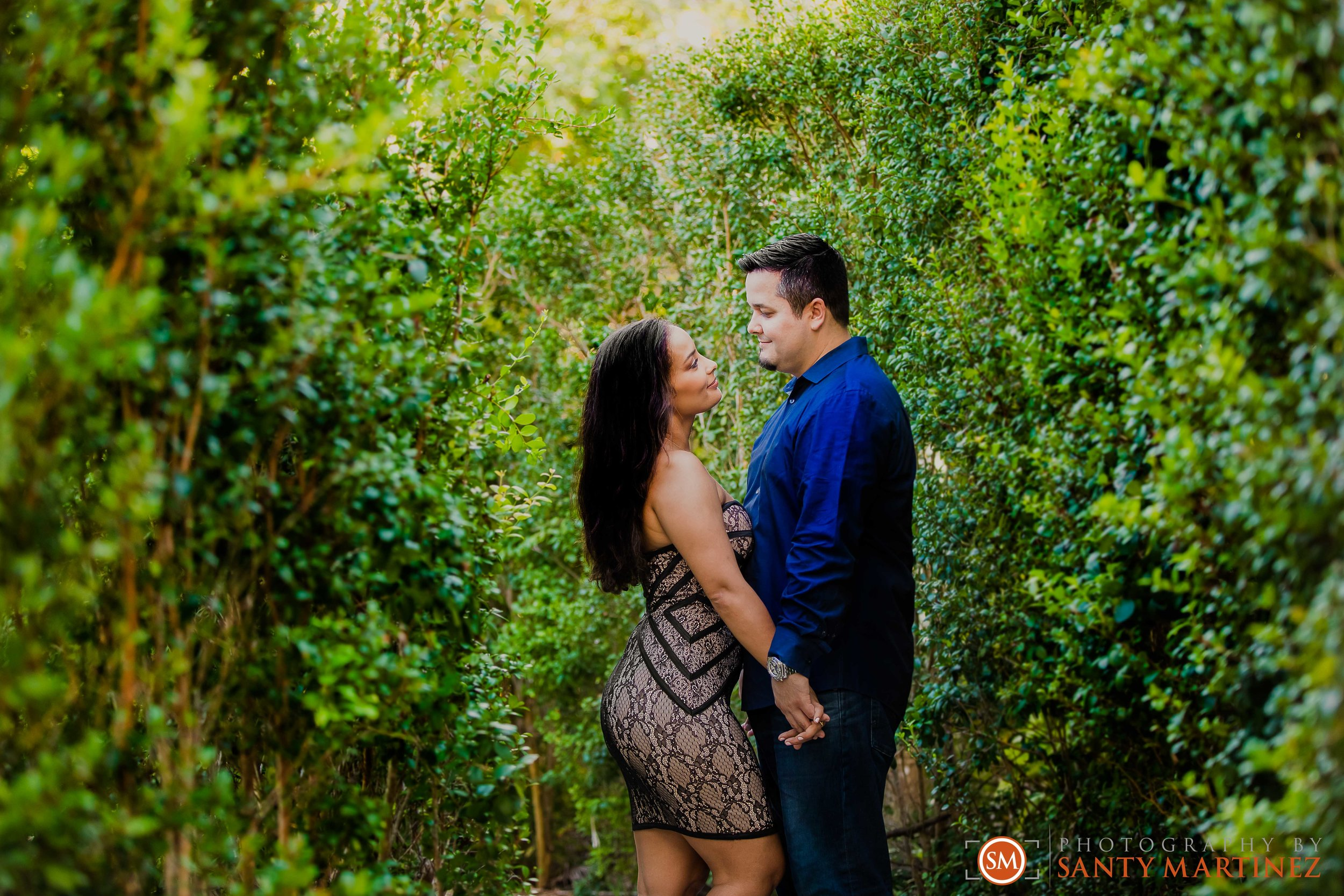 Vizcaya Engagement Session - Photography by Santy Martinez-14.jpg