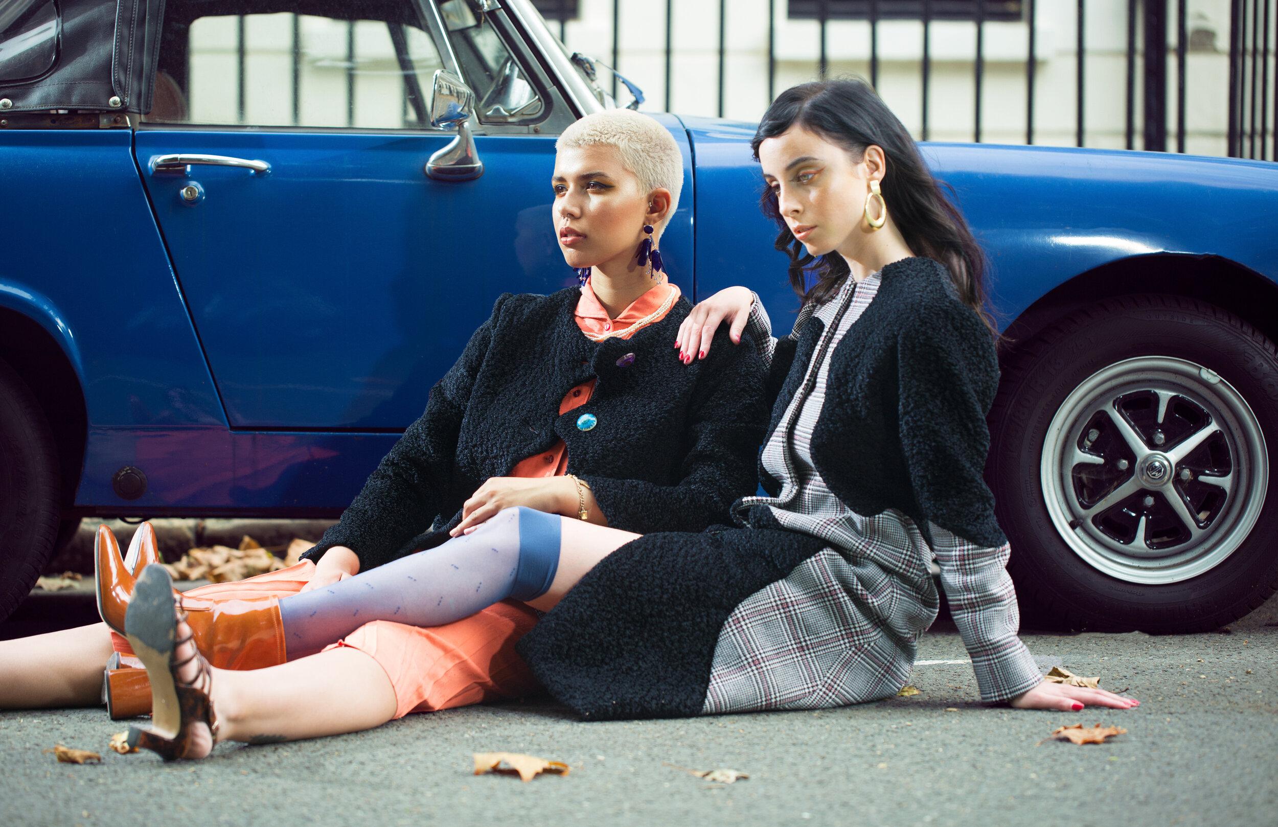 Jewellery&Shoes: Stylist's own Shirt: Eren @atelier_eren Skirt&Tights: Peony Vintage @peonyvintage