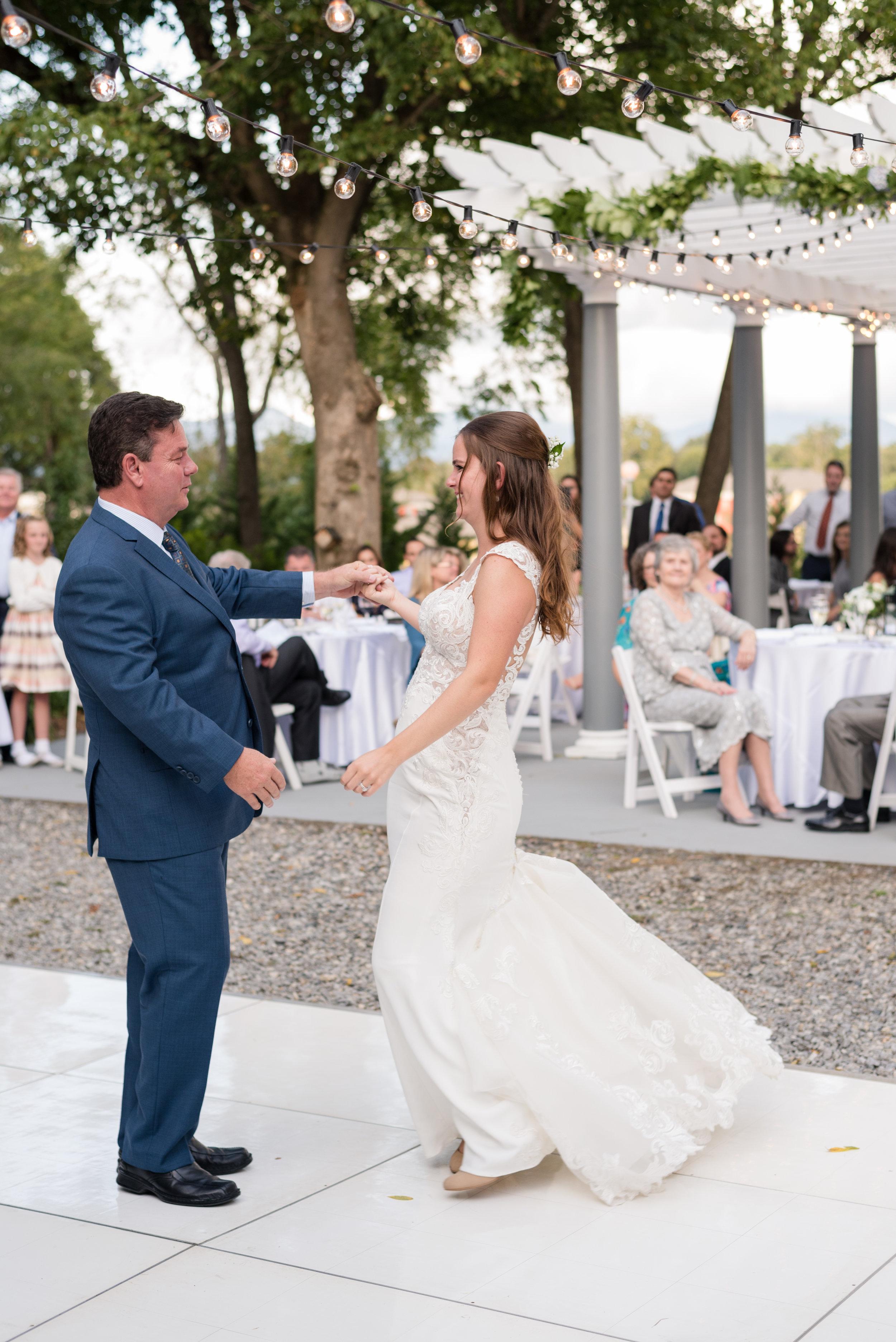wedding-photographer-asheville-033.jpg
