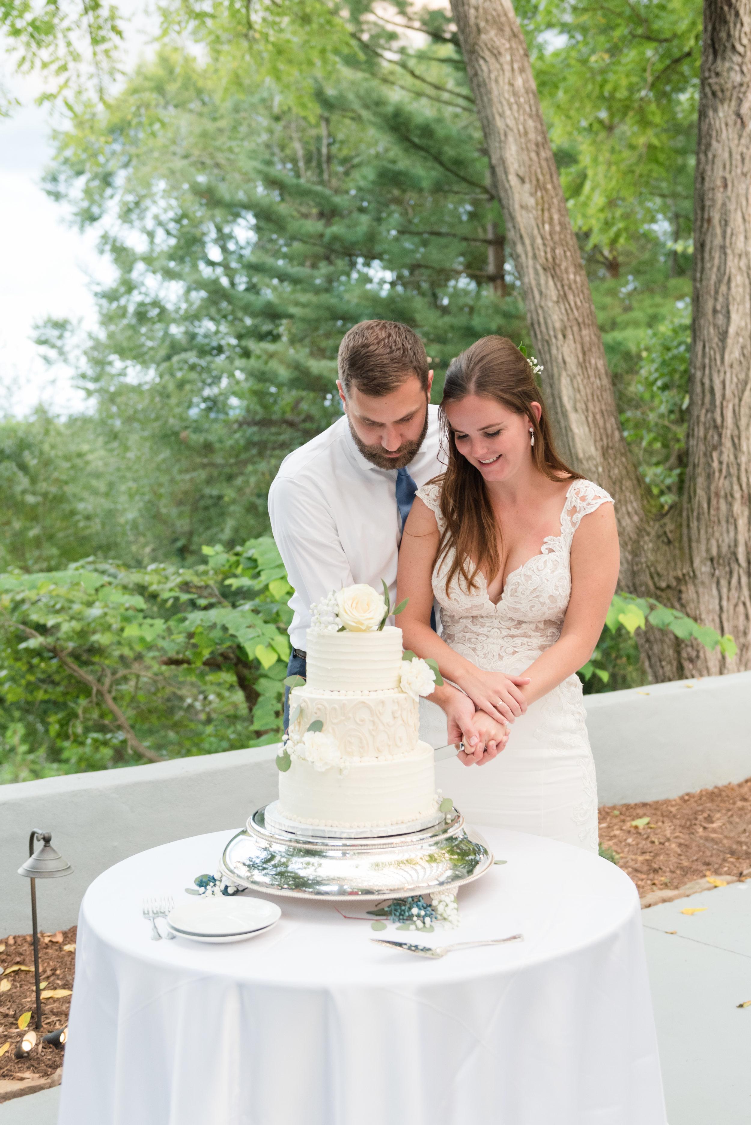 wedding-photographer-asheville-035.jpg