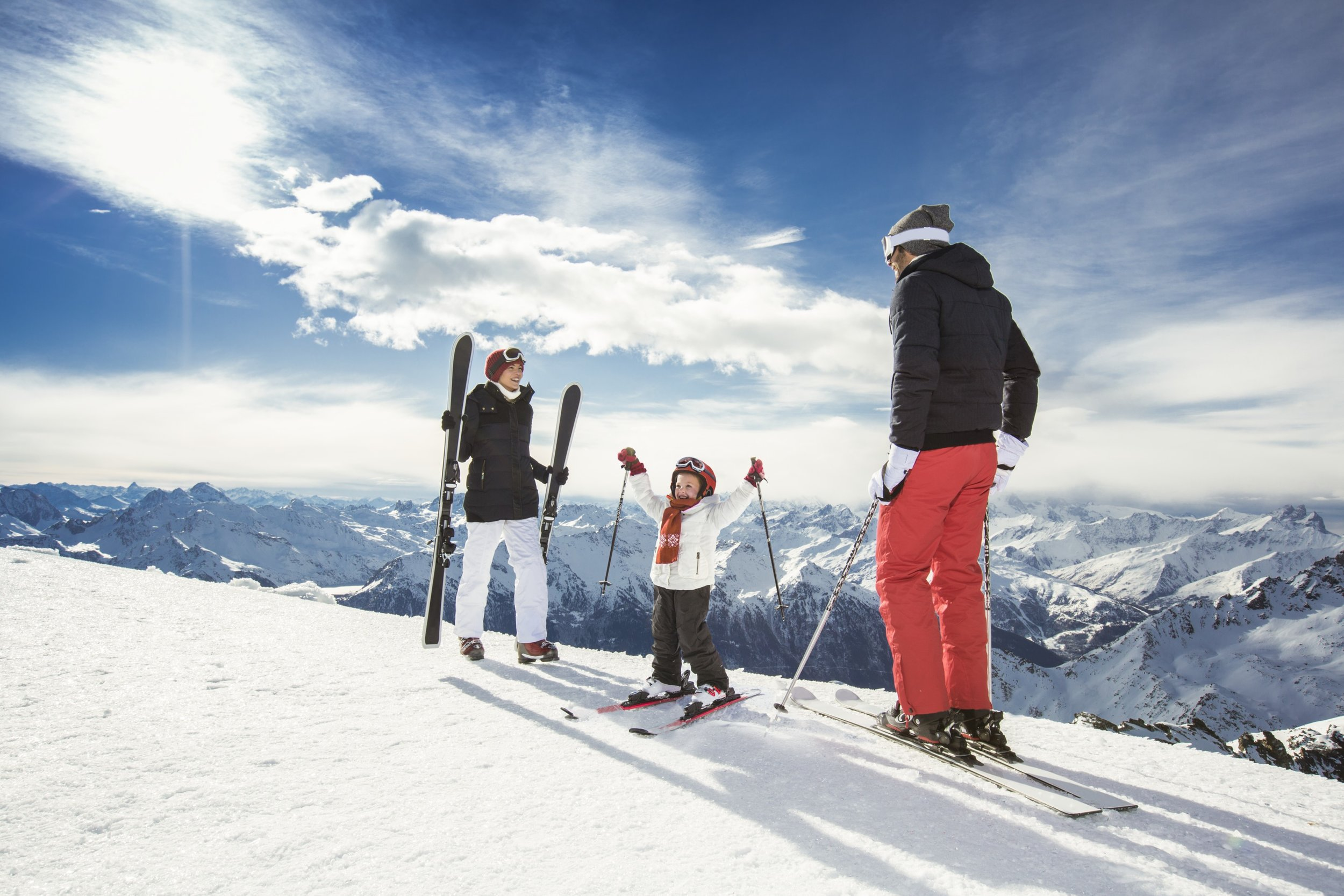 #1 Logistics? All sorted - Enjoy maximum time on the slopes with your lift pass ready, small group lessons for ski or snowboard all organised with professional instructors and the kids all taken care of in Kids Clubs or in ski and snowboard lessons. And it's all included!