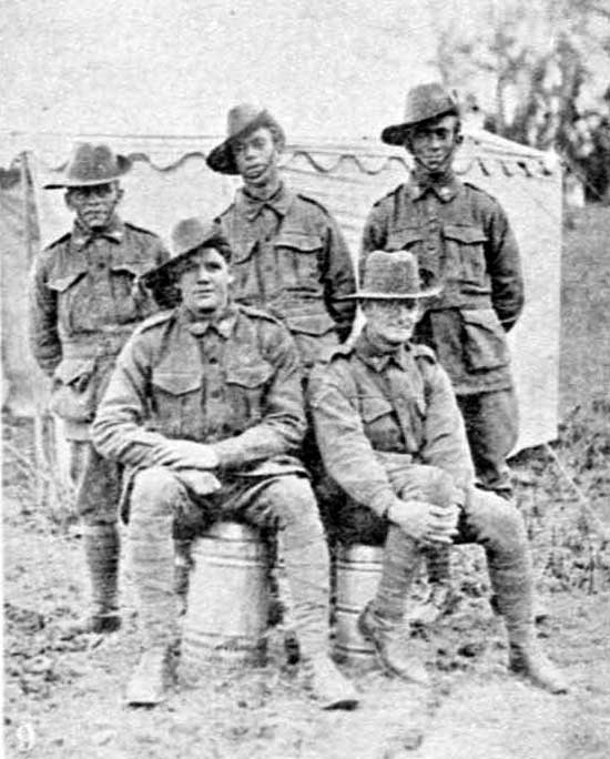 Permanent Guard of returned soldiers during preparation, 27/7/1918.  [Weekly Courier 1st August July 1918 p19]