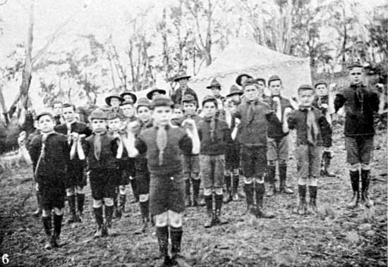 Boy Scouts exercising, 18/7/1918.  [Weekly Courier 25th July 1918 p21]