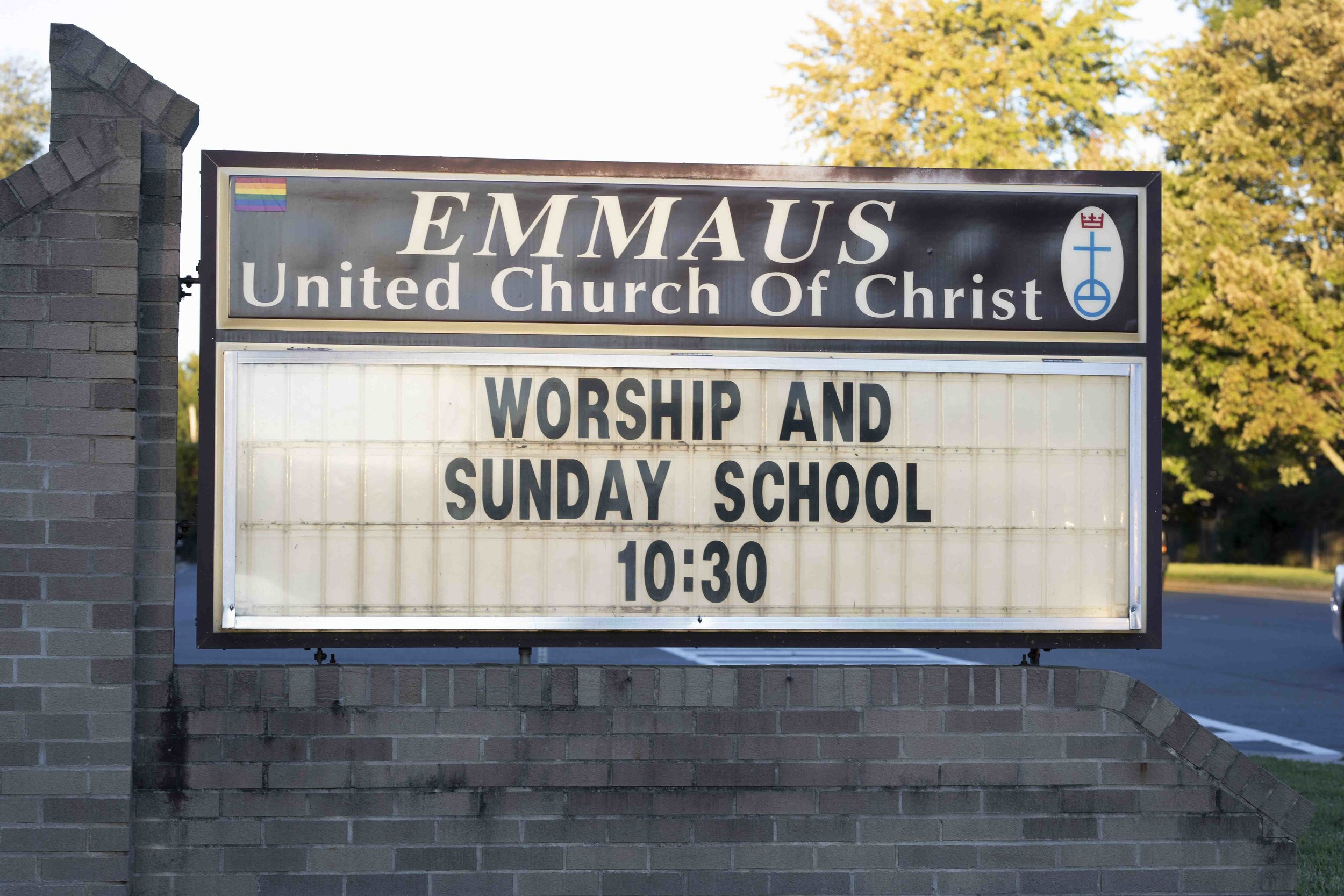 - When is the weekly worship service?The community worships on Sunday mornings at 10:30 a.m. The service usually lasts about 1 hour, and is followed by a time of fellowship with coffee and light refreshments.What is Emmaus' phone number?Emmaus' phone number is (703) 938-1555. Church Office hours are Tuesday, Wednesday and Thursday 9:30 a.m. - 2:30 p.m.